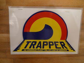 Trapper klistarmärke